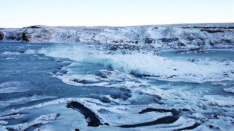 circuit en Islande à vélo en hiver, découverte de Urridafoss