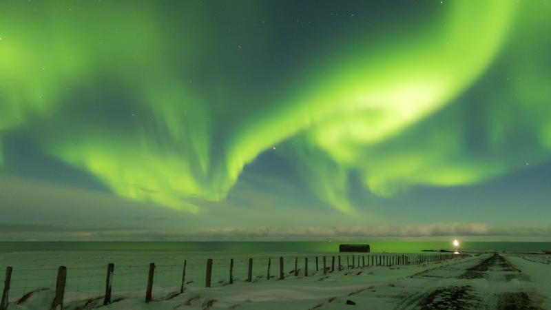 observation des aurores boréales en circuit guidé en Islande