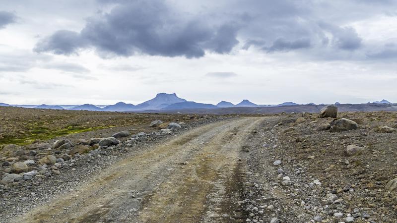 Traversée par la piste F35 / Kjolur pendant un circuit en Islande