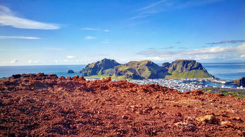 circuit en Islande, randonnée sur l'île d'Heimaey